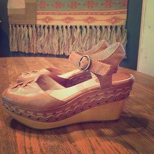 "FRYE ""Blair"" Peep Toe Platform Sandals — size 7.5M"